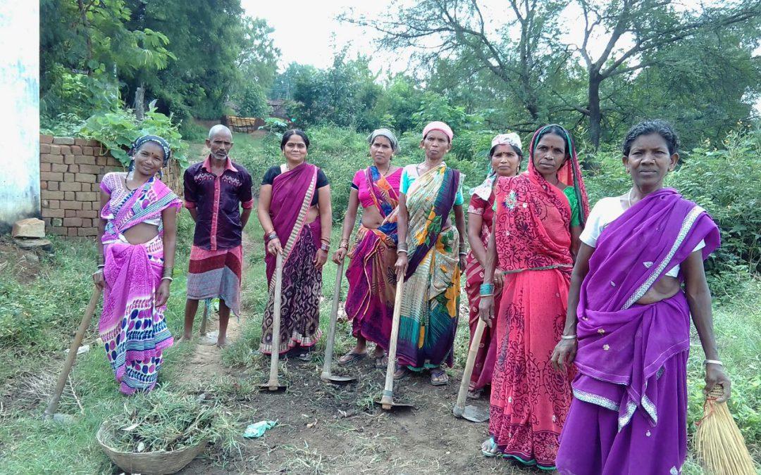 *GITPAHAR samithi of *KANKER district (Chattisgarh) does Seva