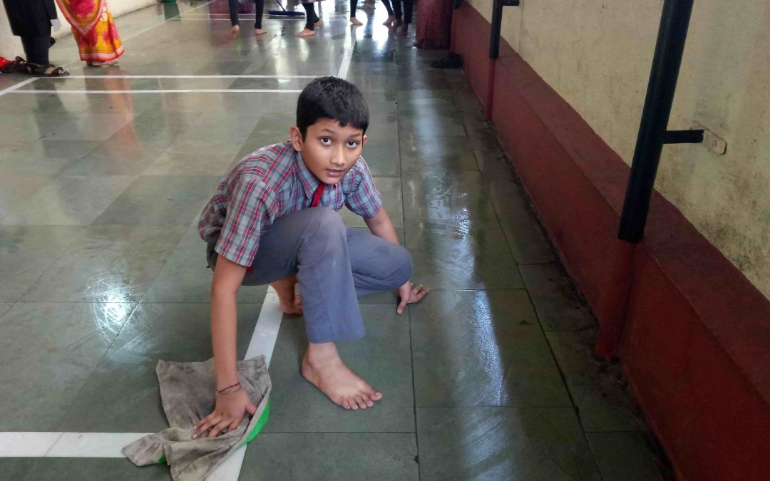 Mulund samithi of Mumbai district (Maharashtra) does Seva